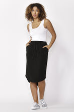 Load image into Gallery viewer, Betty Basics Carson Skirt BLACK