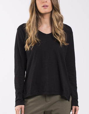 Foxwood Elements Highline V Neck Top BLACK