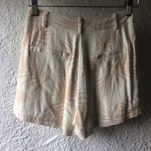 Load image into Gallery viewer, Staple The Label Canopy Waisted Shorts MULTI
