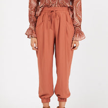 Load image into Gallery viewer, White Closet Woven Pants RUST
