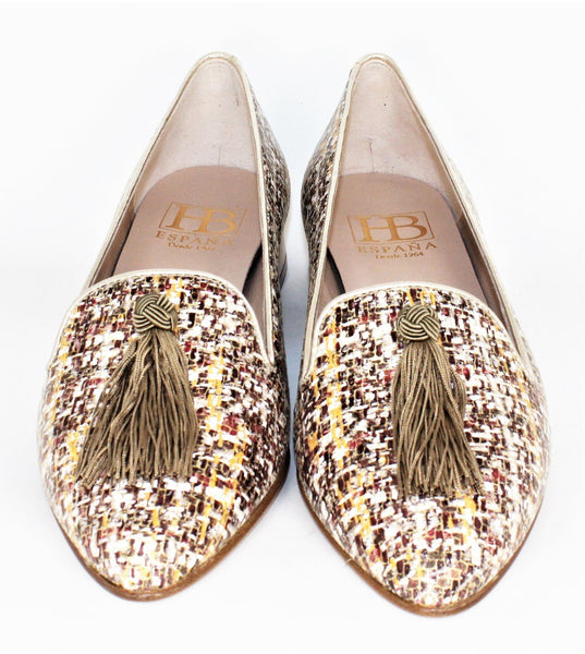 Low Heel Tassel Loafer