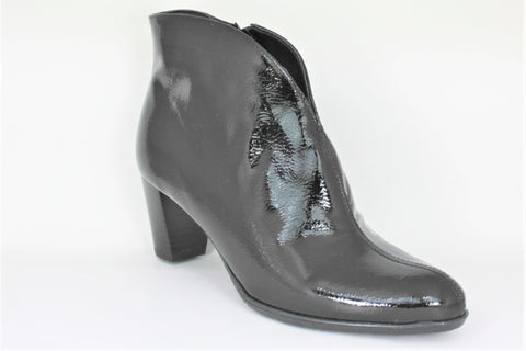 Toulouse Mid Heel Ankle Boot
