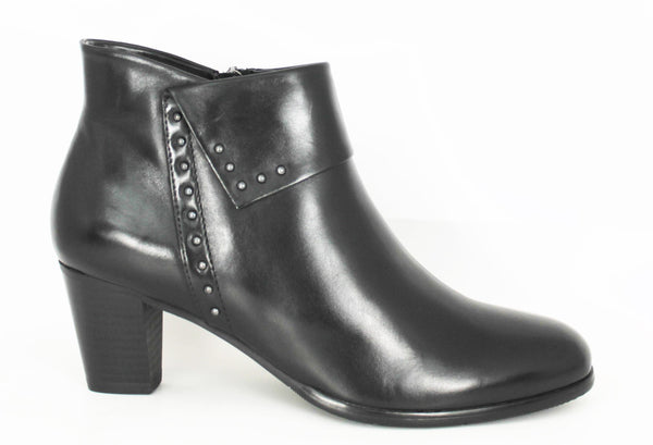 Sonia Mid Heel Ankle Boot With Stud Detail