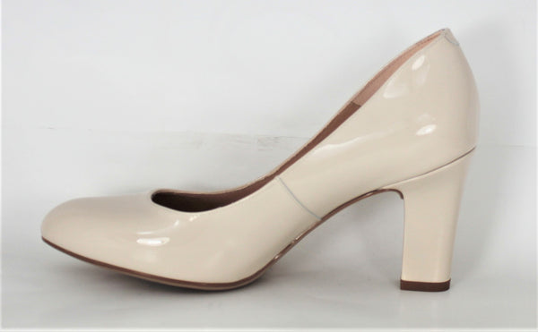 Umis High Heel Ivory Patent Court Shoe