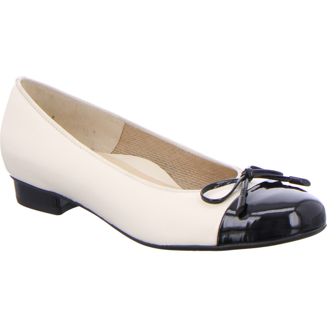 Ara Nude Black Pump