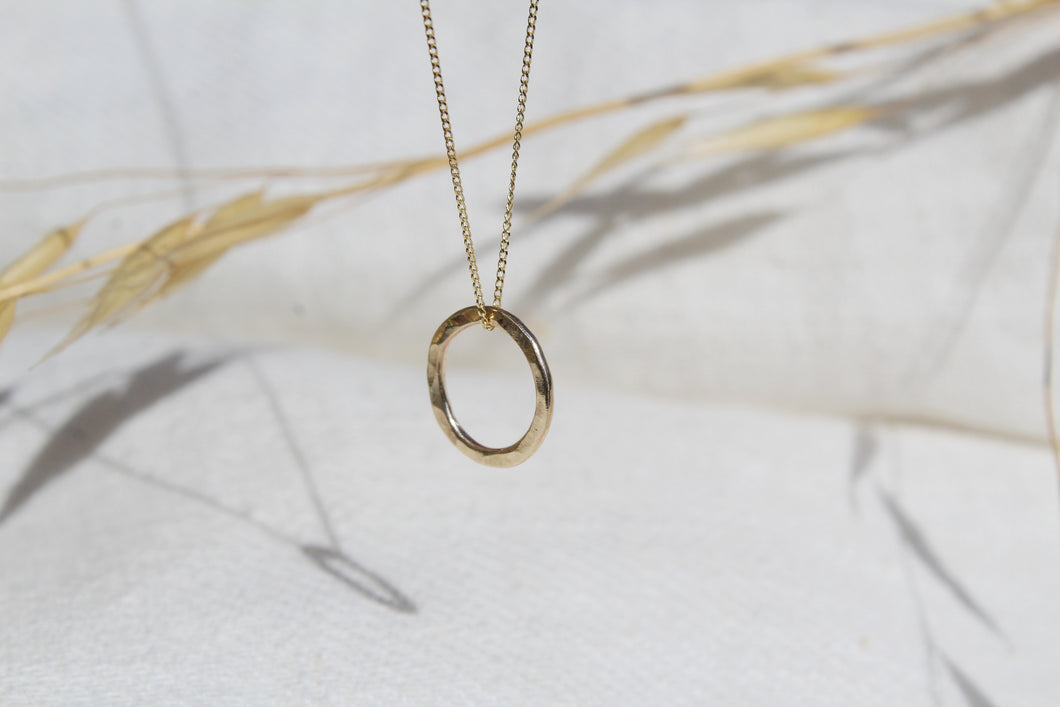 Round Circle necklace