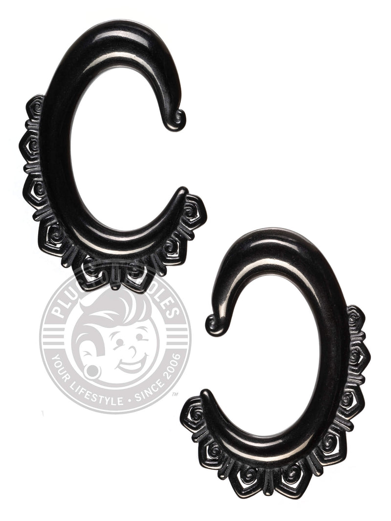 Lace Oval Steel Hangers
