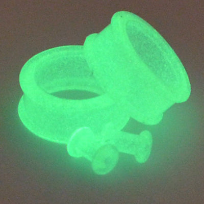 Glow in The Dark Clear - Silicone Tunnels - Plugyourholes.com