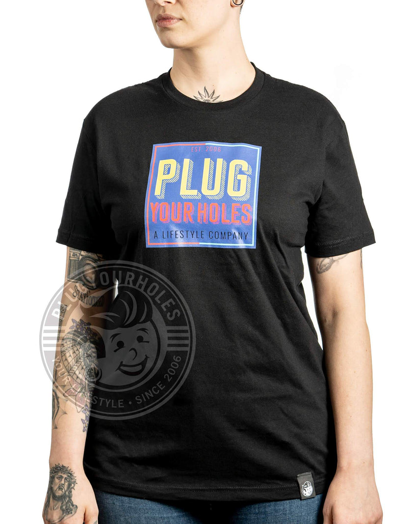 PlugYourHoles Retro Stacked Box - Black - Unisex Tee