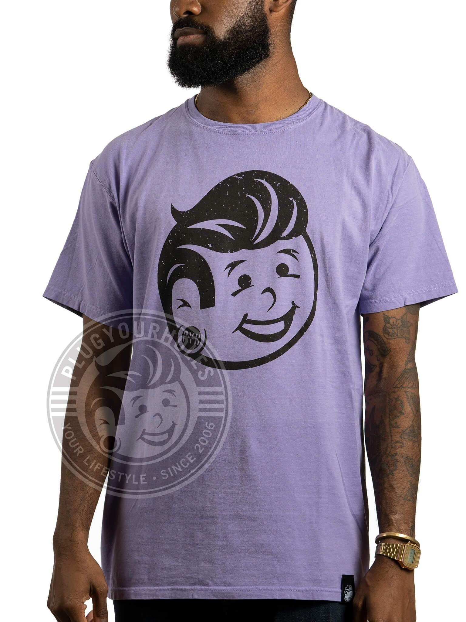 Plug Boy Distressed - Lavender - Comfort Wash Unisex Tee