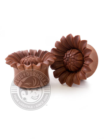 Sun Flower Carved Sawo Wood Plugs