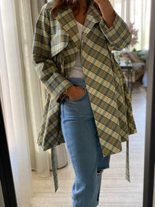 Plaid Short Trench