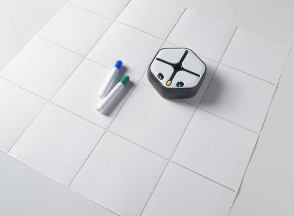 4x4 Fold-out Whiteboard Grid