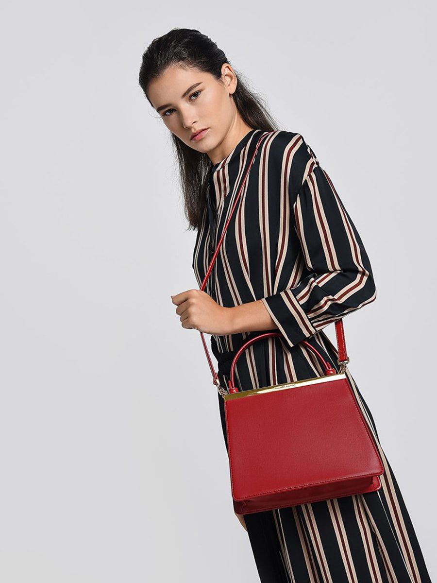 Women's Trapezoidal Shoulder Bag Red