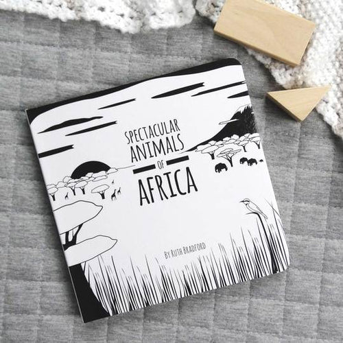 Spectacular animals of Africa black and white book front cover