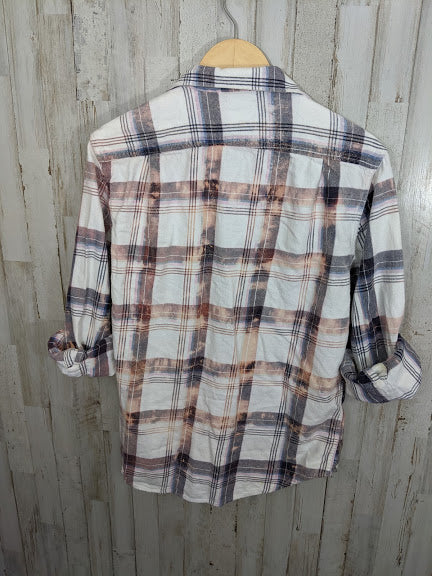 Distressed Flannel-SMALL/MEDIUM