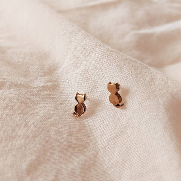 Mimi & August Hot Cat Earrings, Gold