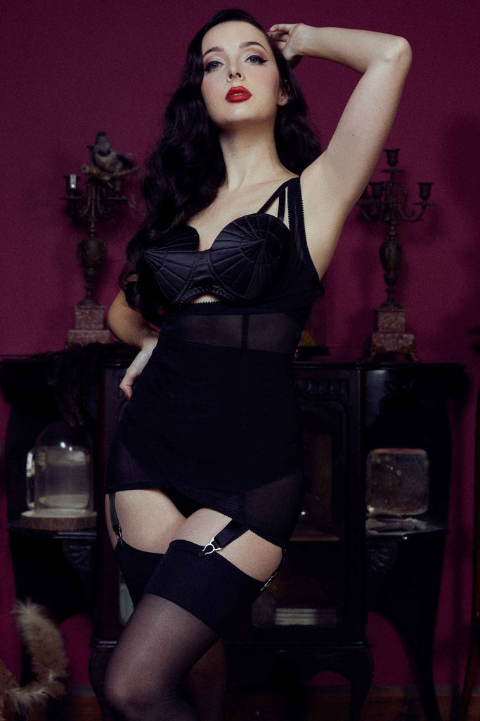Kiss Me Deadly Retro Classics Cupless Vargas Dress