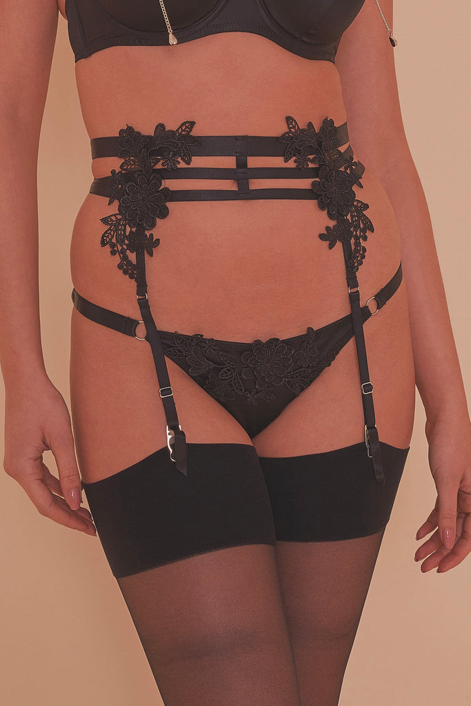 Virginia Guipure Suspender Belt Core