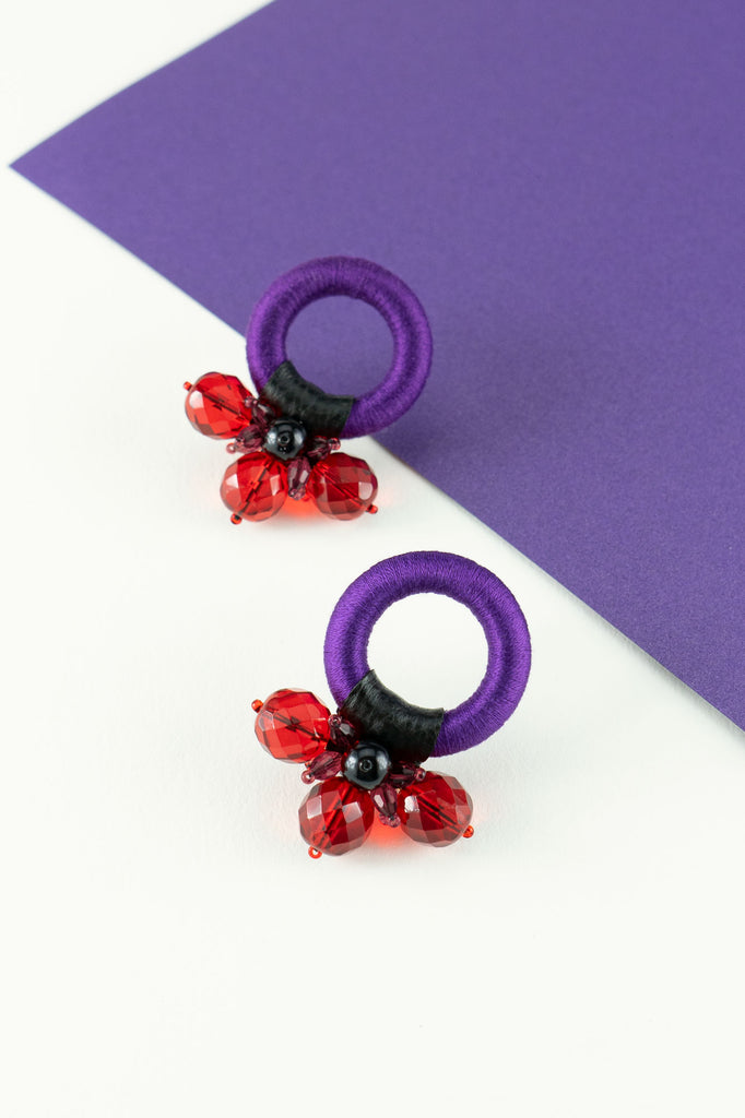 Saulė Earrings in Indigo Red