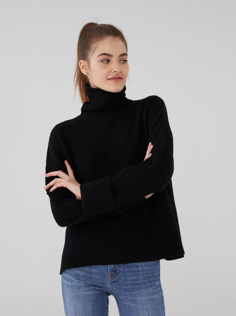 Black - Ribbed Oversized Cashmere Turtleneck - Ribbed Oversized Cashmere Turtleneck