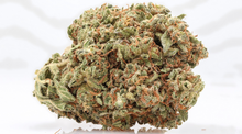 Load image into Gallery viewer, Strawberry  18% CBD <0.2%THC loose hemp tea