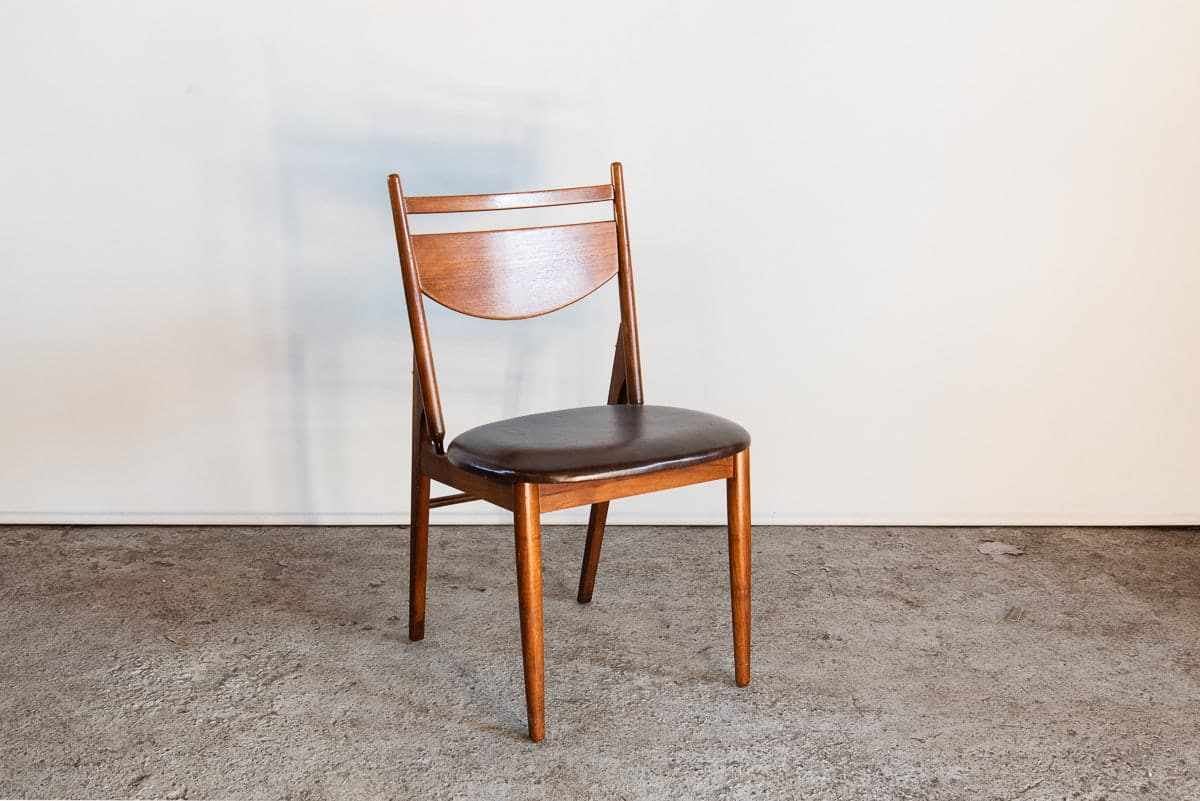 DENISH DINING CHAIR