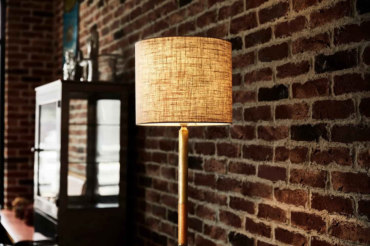 FLOOR LAMP-AR