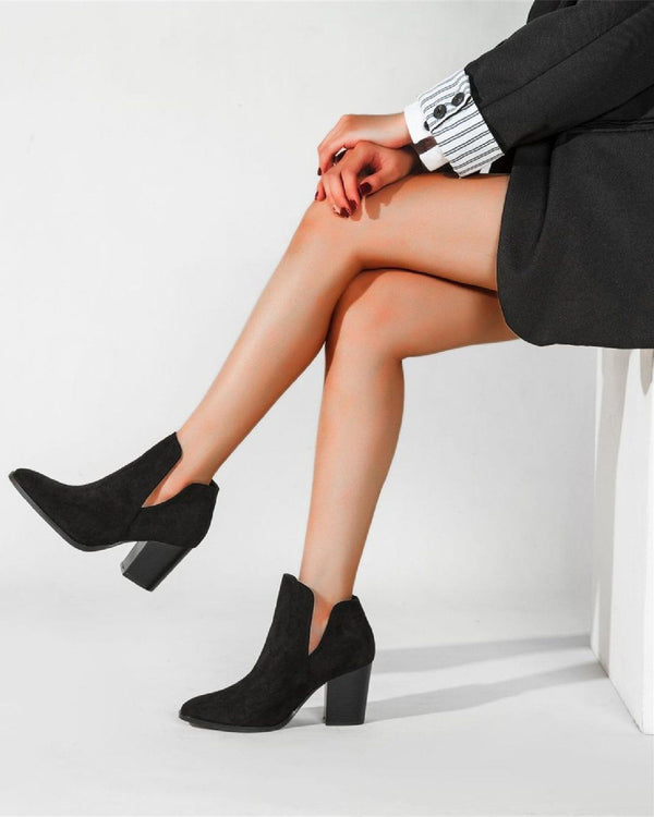 Chic Suede Ankle Boots - Black oh!My Lady