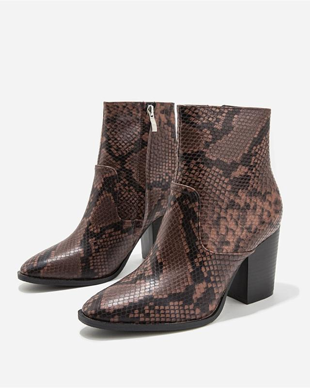 Snakeskin Pattern Pointed Boots - Brown oh!My Lady