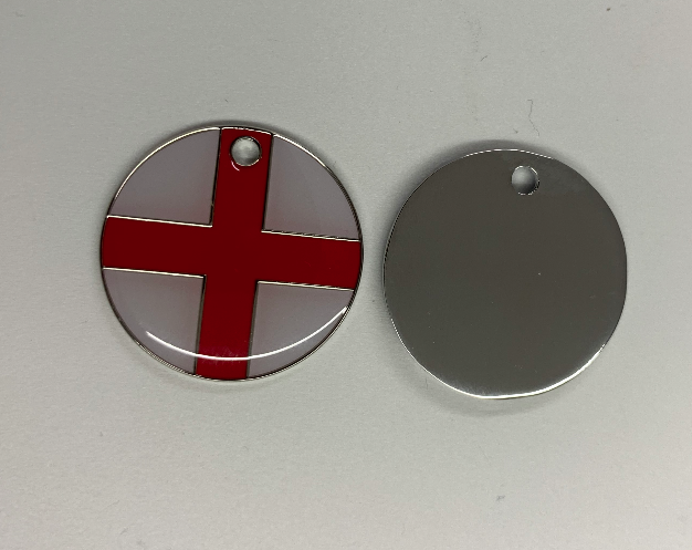 Engraved 25mm nickel plated flag design pet tags.St George cross