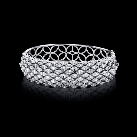 HALO-SETTING BANGLE BRACELET