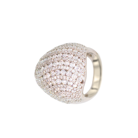 Elegant Ladies Ring