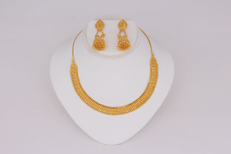 Half-Moon Necklace Set