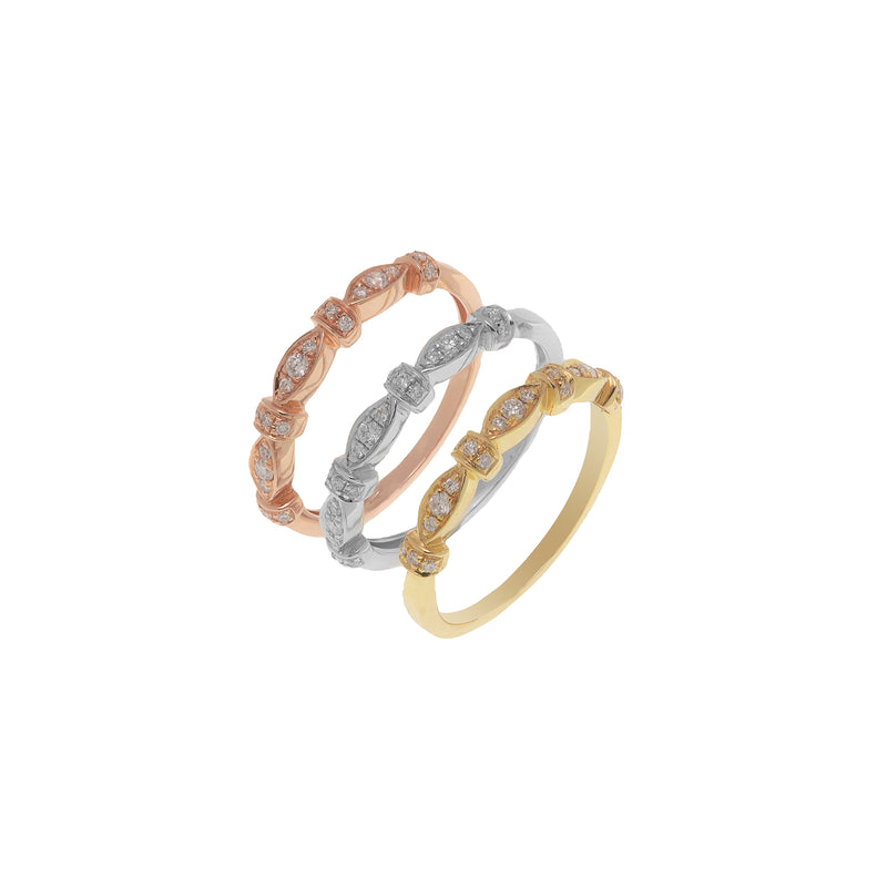 Stackable tri color ring