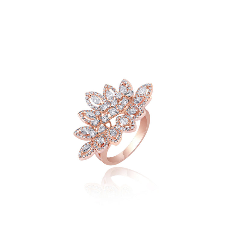 Spectacular Ladies Ring