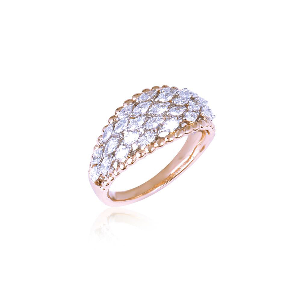 Stunning Ladies Ring