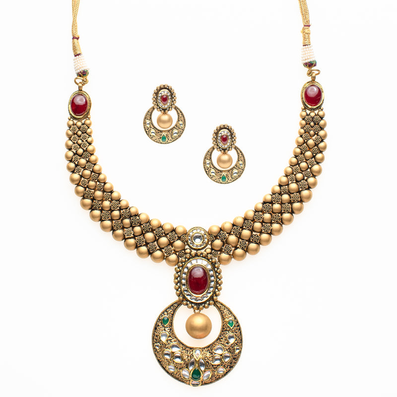 Chand Necklace Set
