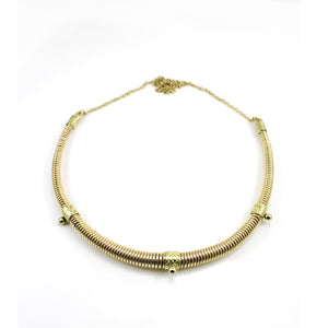 Tapered faux collar necklace.