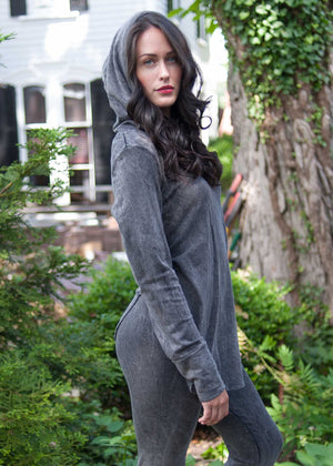plume and thread-sweater-leanna hoodie-lifestyle