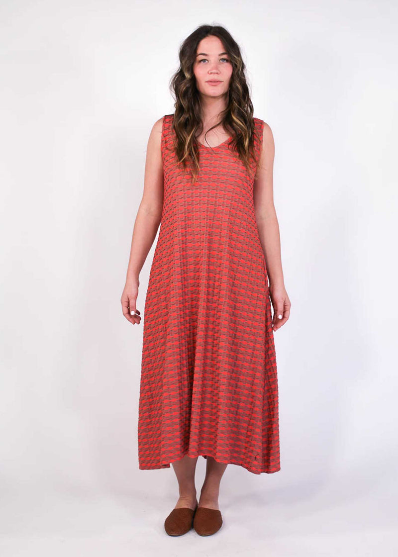 plume and thread-dress-hailey sandwave dress-lifestyle