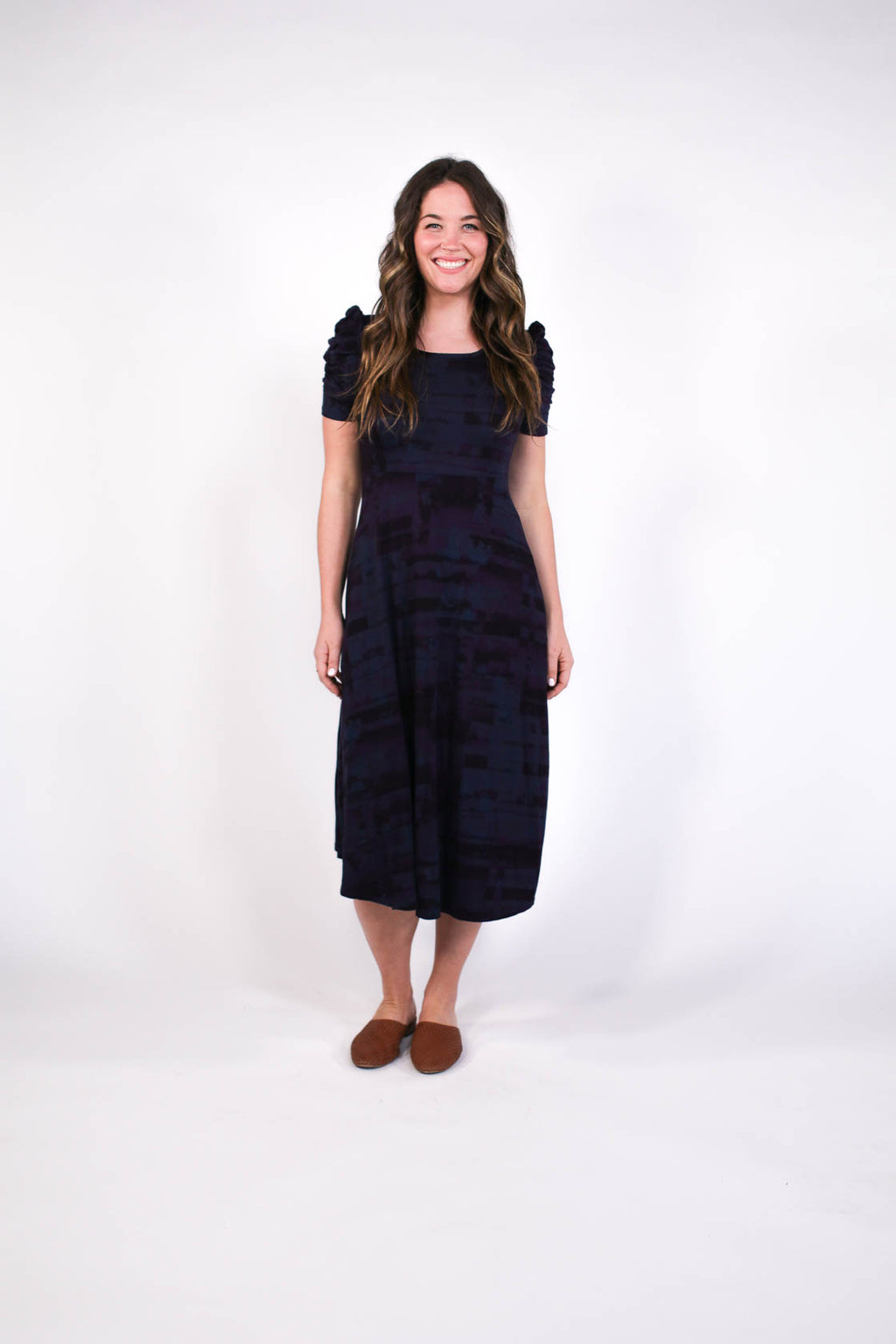 plume and thread-dress-navy-lorelai