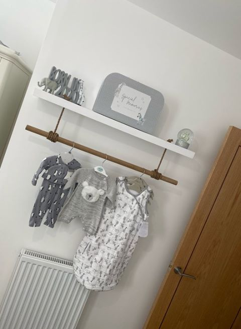 NURSERY SHELF & POLE
