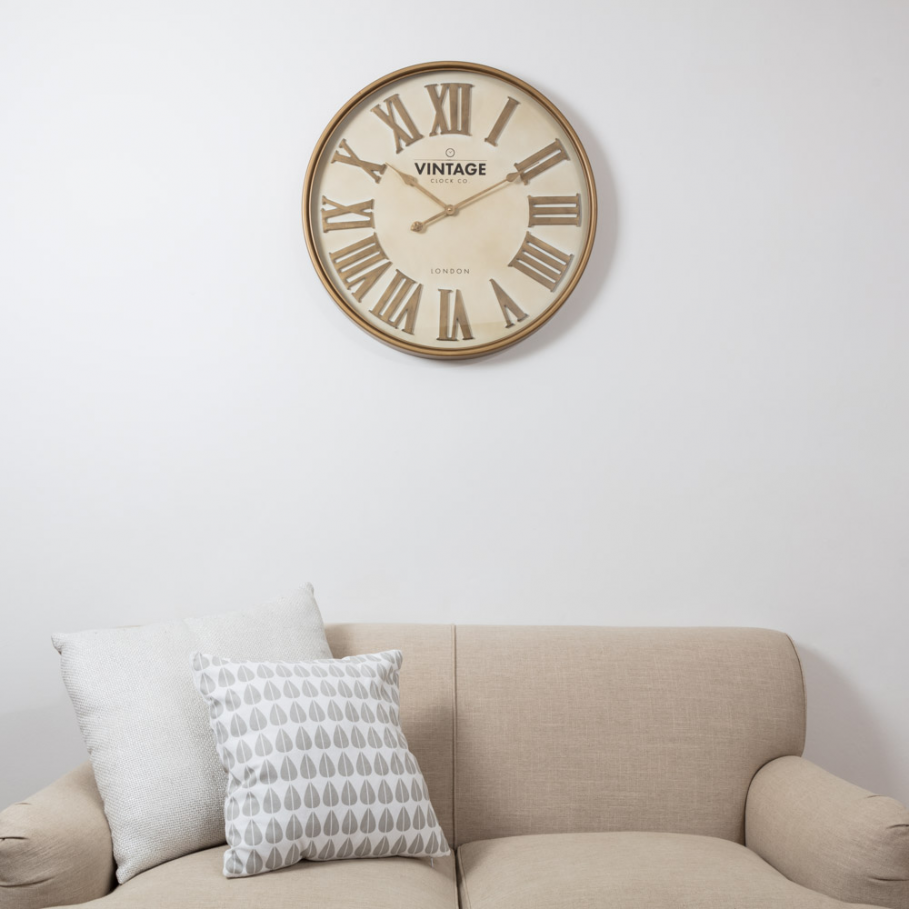 LARGE NUMERAL GOLD CLOCK