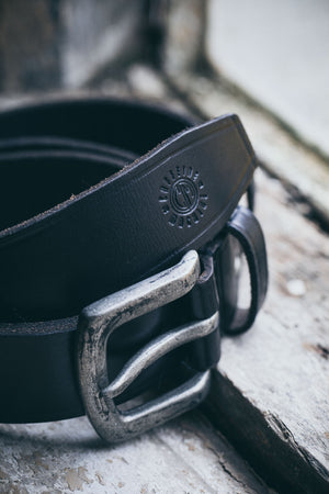Belt. Black leather