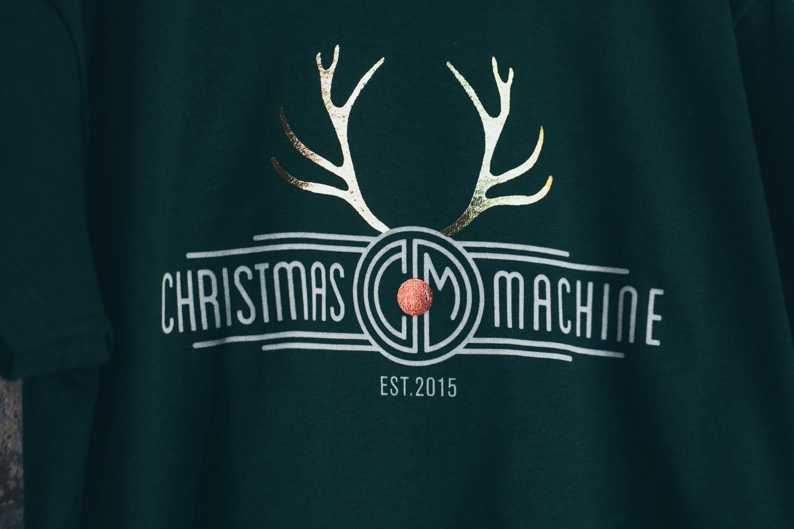 Christmas&Machine Tee. Green