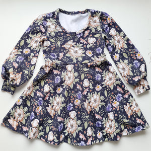 Long sleeve Dress - Navy floral