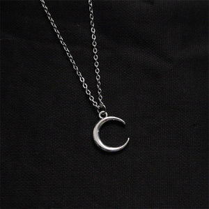 Crescent Moon Pendant Chain Necklace - nightcity clothing