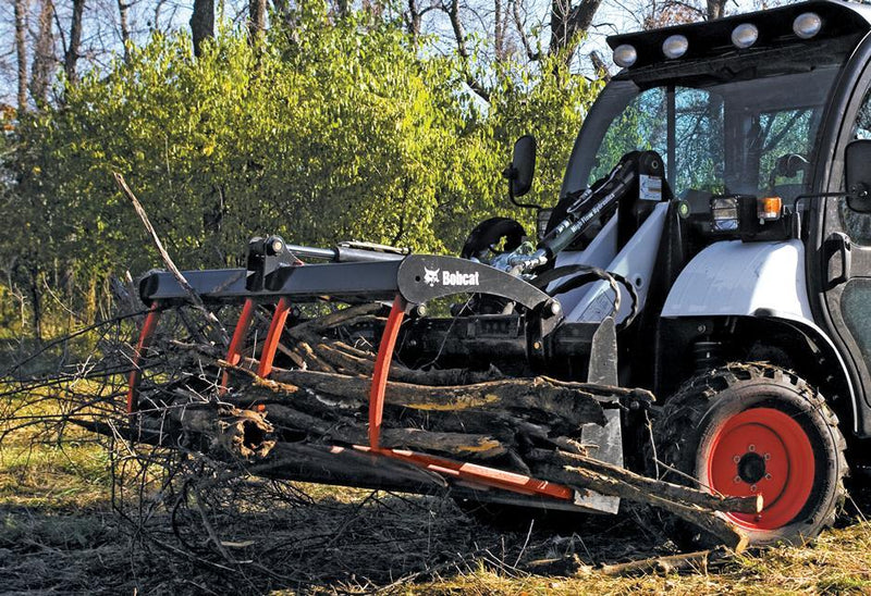 Bobcat® Grapple, Utility - Loaders & Toolcat