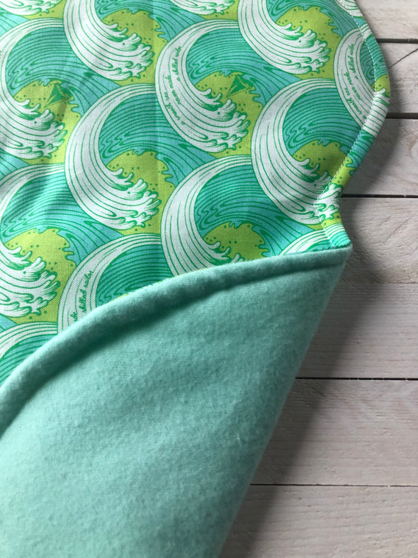 Seafoam Waves Refillable Mat